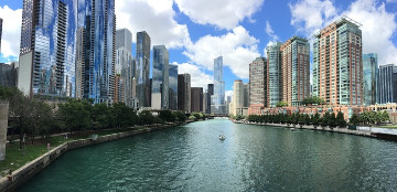 Chicago_Skyline_River_photo